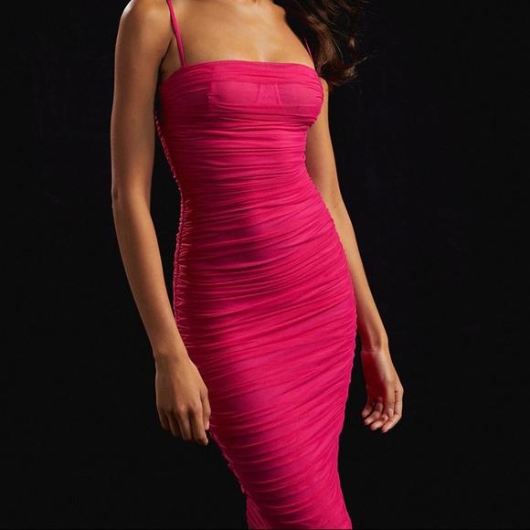 Aritzia Dresses & Skirts - TEN BY BABATON Luxor Dress